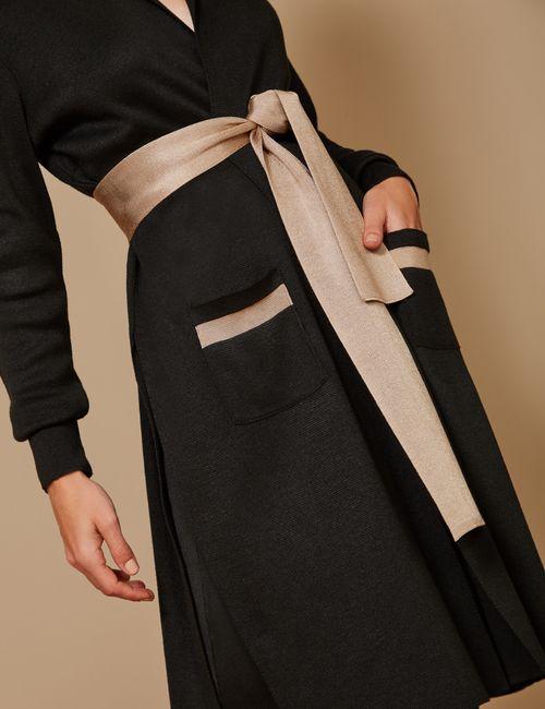 casaco-longo-com-fendas-detalhep
