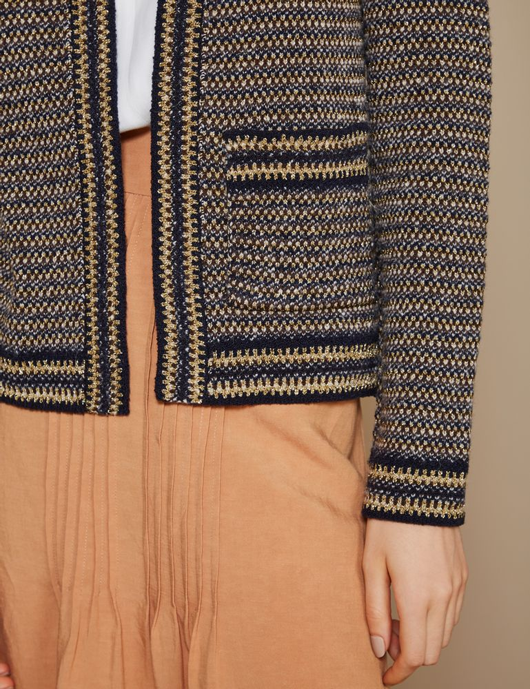 casaco-tweed-com-um-bolso-detalhe-m