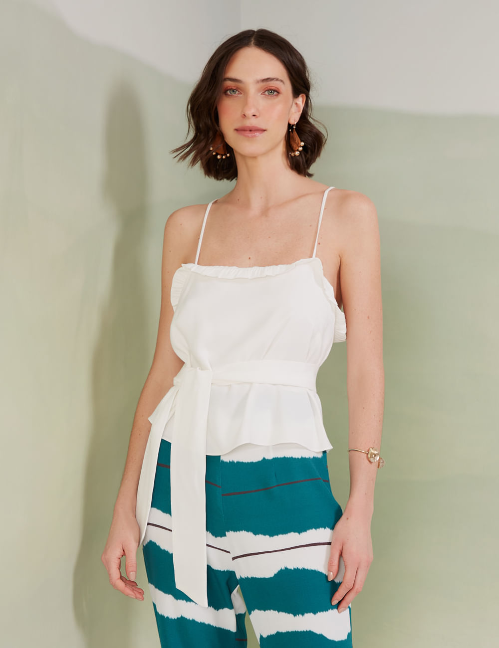 04014490_055_1-BLUSA-CROPPED-AMARRACAO